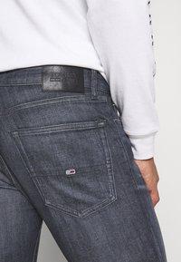 Tommy Jeans - SCANTON - Jeans Slim Fit - denim - 3
