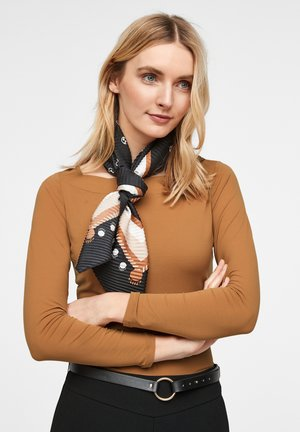 Long sleeved top - tobacco