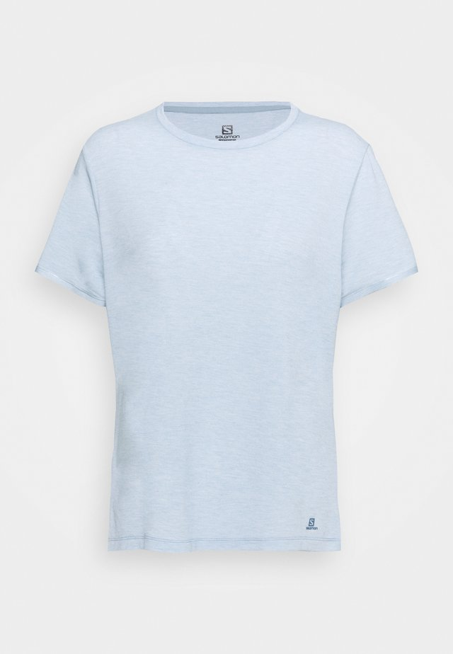 ESSENTIAL SHORT SLEEVE TEE - Basic T-shirt - ashley blue