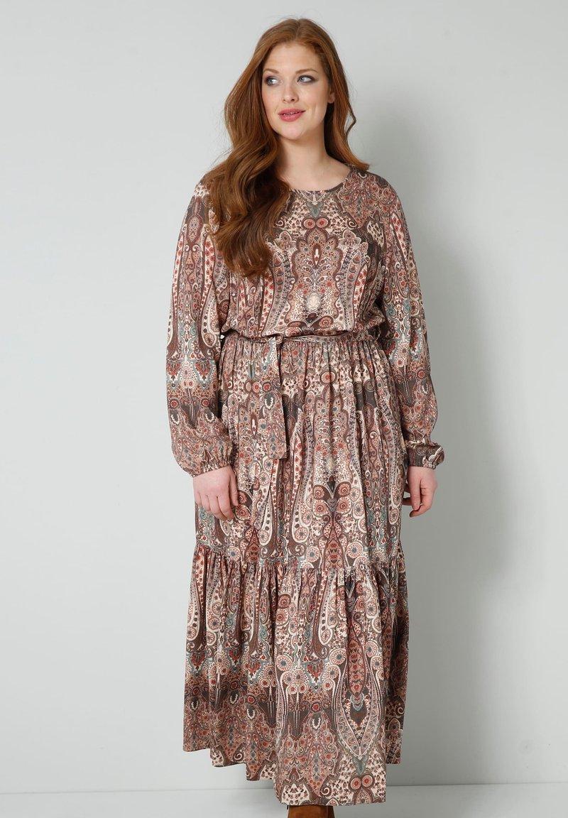 Sara Lindholm - WEB - Maxi dress - braun/smaragd