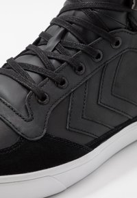 Hummel - STADIL WINTER - Zapatillas altas - black - 5