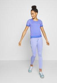 Nike Performance - INFINITE - Print T-shirt - sapphire/light thistle - 1