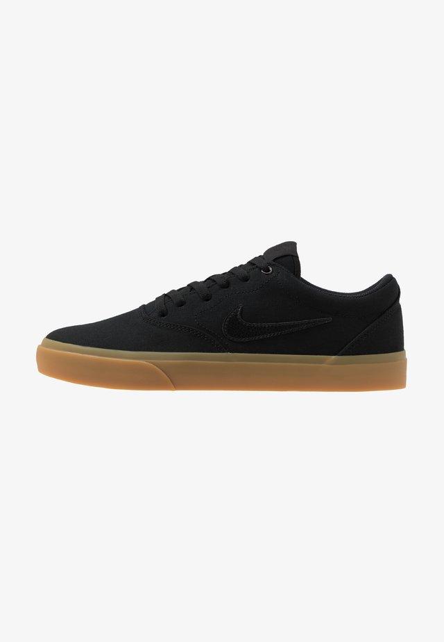 CHARGE - Sneakersy niskie - black/light brown