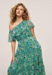 Mango - TUULITA - Maxi dress - grün - 2