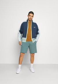 Burton Menswear London - 7 PACK - T-shirt - bas - multi - 0