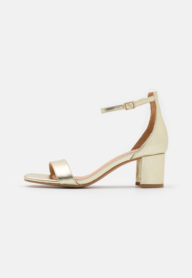 ROSALYNN - Sandals - gold