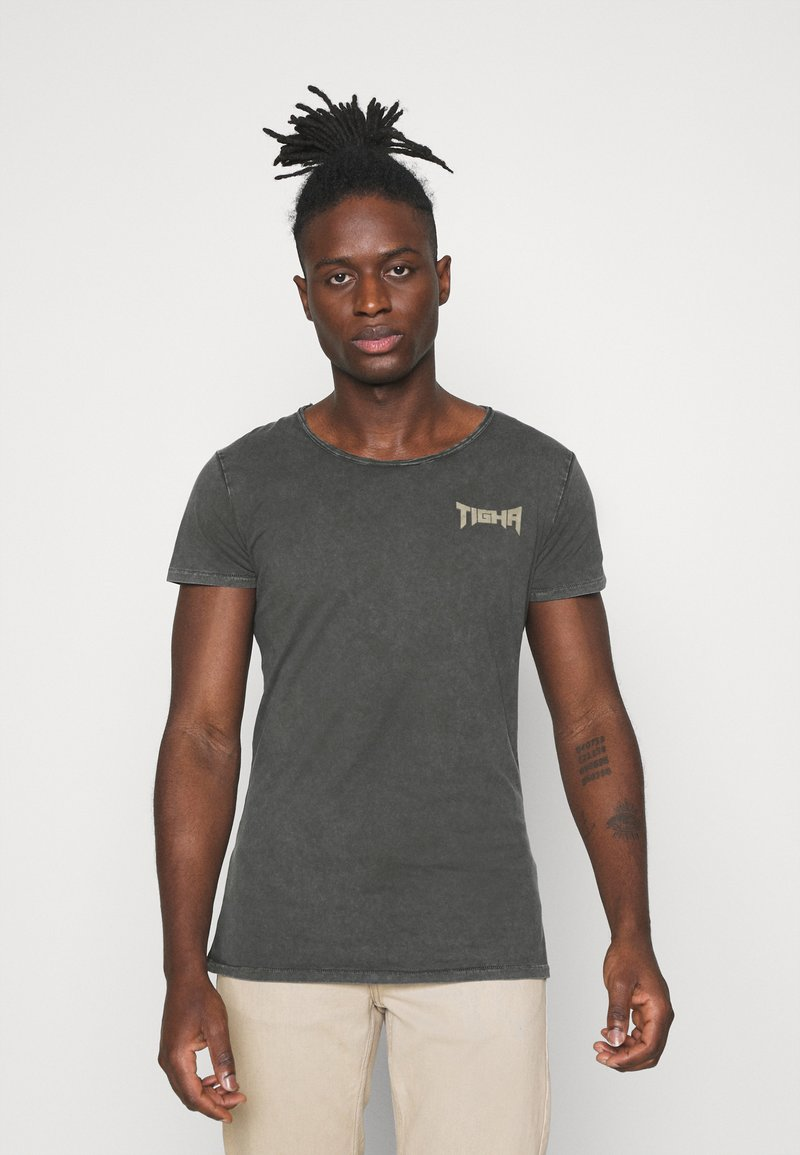 Tigha - VINTAGE EAGLE WREN - Print T-shirt - vintage stone grey