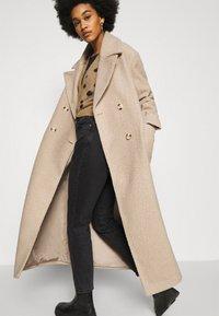 NA-KD - MAXI COAT - Classic coat - light beige - 5