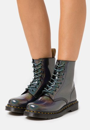 VEGAN 1460 PASCAL - Lace-up ankle boots - gunmetal