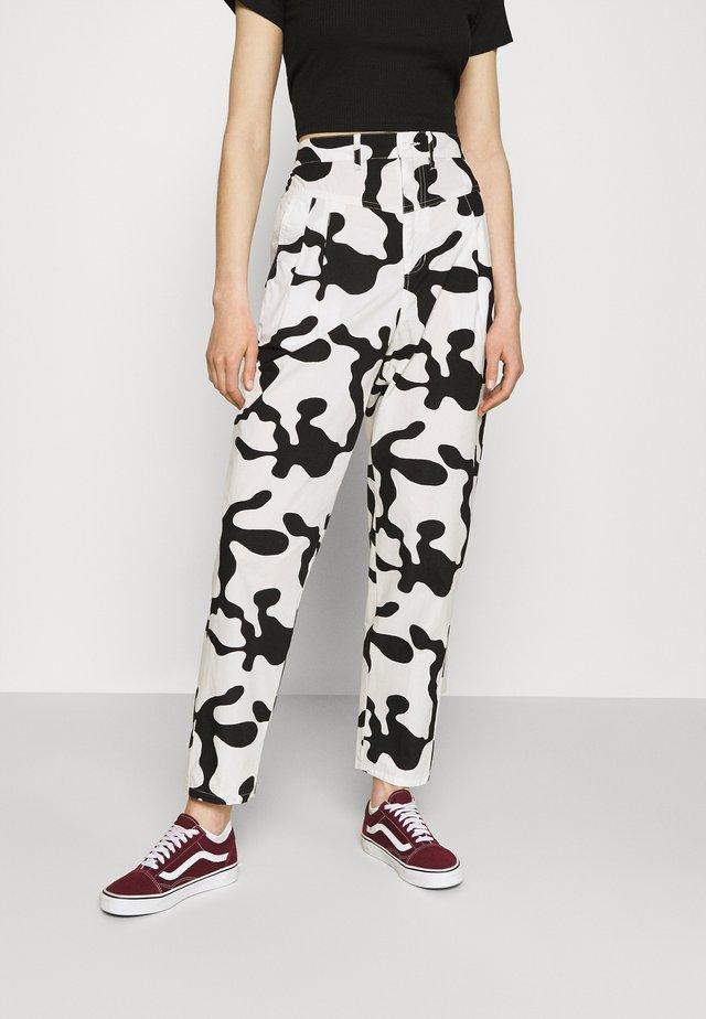 KYOTO PANT - Trousers - pecan multi