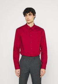 Pier One - 2 PACK - Formální košile - black/red - 3