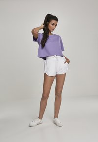Urban Classics - LADIES TOWEL HOT PANTS - Tracksuit bottoms - white - 1