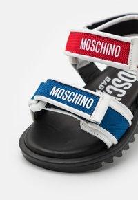 MOSCHINO - UNISEX - Sandals - multicolor - 5