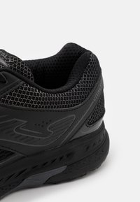 Joma - VITALY - Neutral running shoes - black - 5