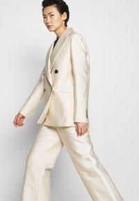 DESIGNERS REMIX - HAILEY - Short coat - cream - 4