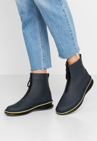 Camper - ROLLING - Classic ankle boots - charcoal - 0