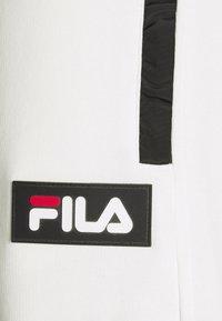 Fila - CLEM PANT - Teplákové kalhoty - blanc de blanc/black - 4