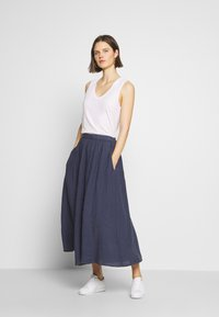 Marc O'Polo - SKIRT COLD DYE - Jupe trapèze - blue - 1