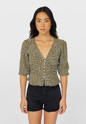 MIT RAFFUNG  - Button-down blouse - green