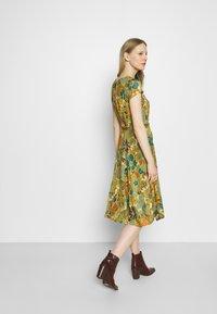 King Louie - BETTY PARTY DRESS SAN FELIPE - Jersey dress - ceylon yellow - 2