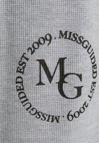 Missguided Plus - OVERSIZED JOGGER WAFFLE - Teplákové kalhoty - grey - 2