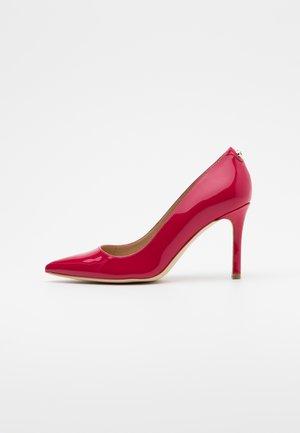 DAFNE - Zapatos altos - cherokee