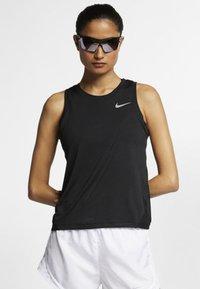 Nike Performance - MILER TANK - Sportshirt - black - 0