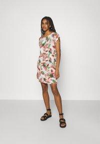 Vero Moda - VMSIMPLY EASY TIE SHORT DRESS - Day dress - birch/selma - 1
