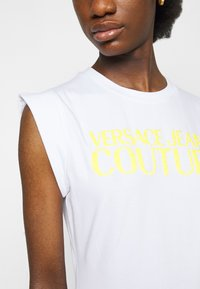 Versace Jeans Couture - ACTIVE DRESS - Jersey dress - optical white - 6