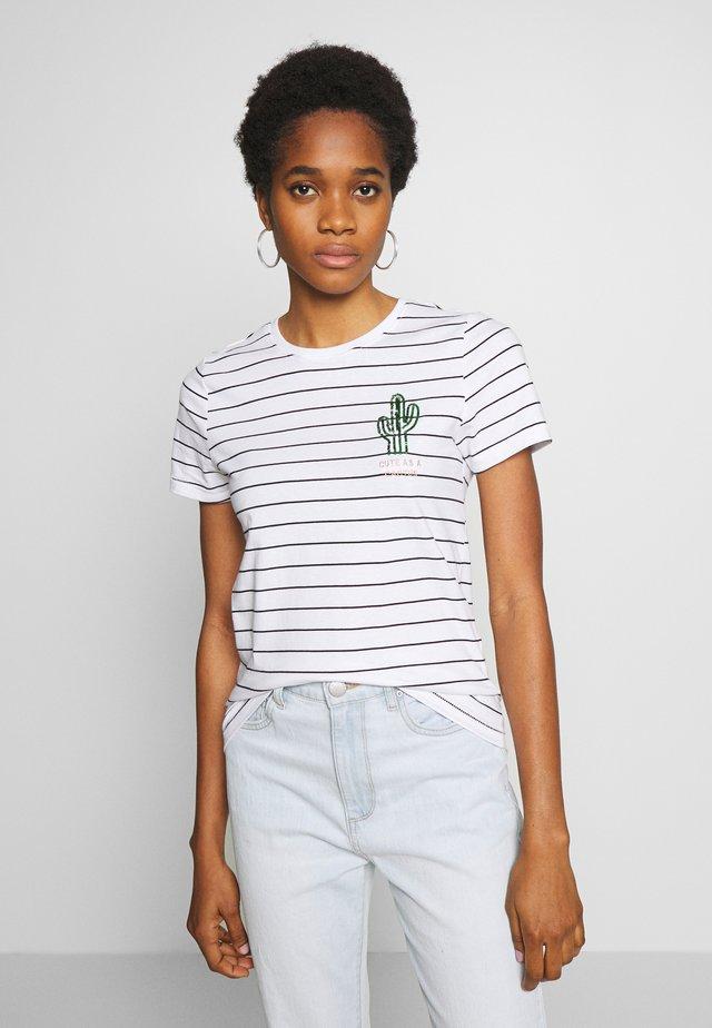 ONLKITA LIFE CACTUS BOX - T-shirt print - bright white/cute