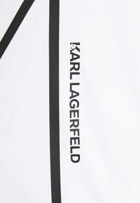 KARL LAGERFELD - CREWNECK - Triko spotiskem - white - 7