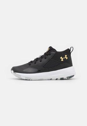 LOCKDOWN 5 UNISEX - Basketball shoes - black/gold