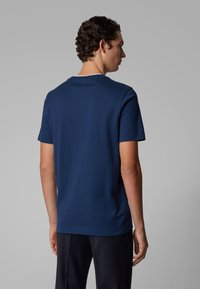 BOSS - TESSLER 128 - T-shirt - bas - dark blue - 2