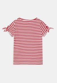 Lemon Beret - SMALL GIRLS - T-shirts print - tomato puree - 1