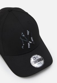 New Era - CAMO INFILL 9FORTY NEW YORK YANKEES UNISEX - Kšiltovka - black - 3