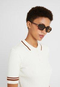 Polaroid - Sluneční brýle - brown - 1