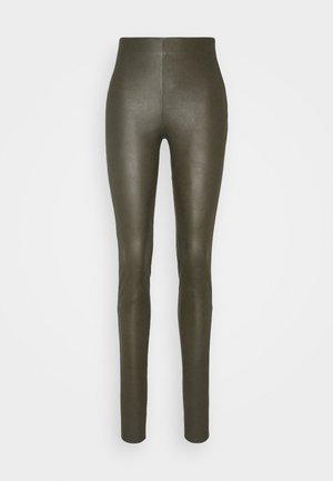 YASZEBA COLORED - Leggings - Trousers - olive night