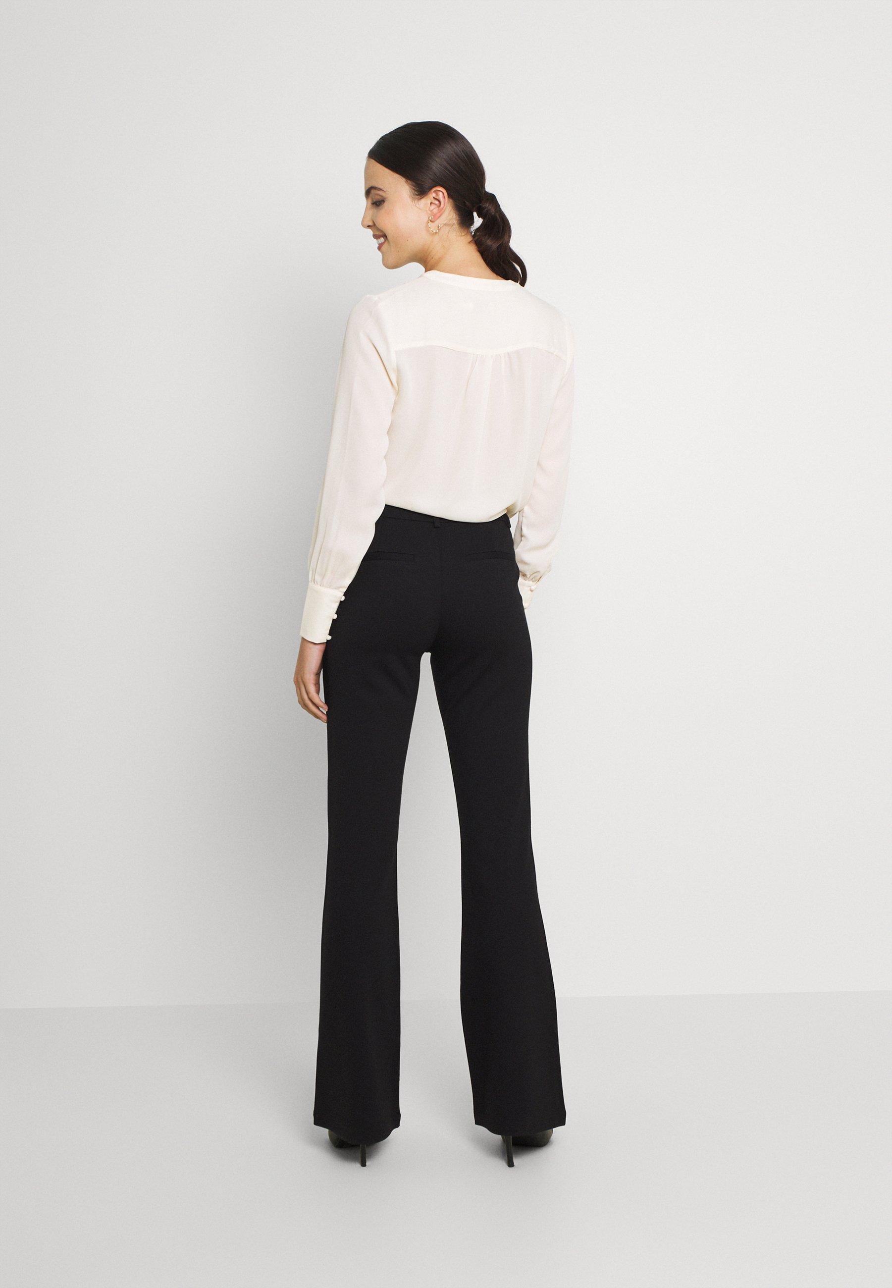 Femme ONLELORA-VIKA SUPER FLARE PANT  - Pantalon classique