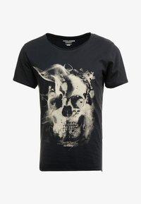 Jack & Jones - JORDARK CITY TEE CREW NECK REGULAR - Camiseta estampada - tap shoe - 3