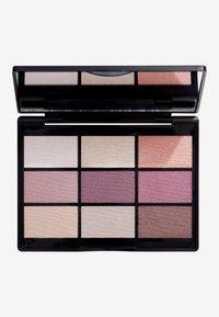 Gosh Copenhagen - 9 SHADES  - Eyeshadow palette - 001 to enjoy in new york - 0