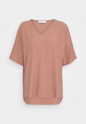 CASA - T-shirts basic - raw umber