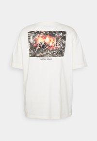 RETHINK Status - OVERSIZED UNISEX  - Print T-shirt - whisper white - 1