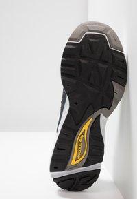 New Balance - CM878 - Sneakers - white - 5