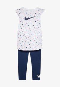 Nike Sportswear - DOT TUNIC SET BABY - Leggings - Trousers - blue void - 3