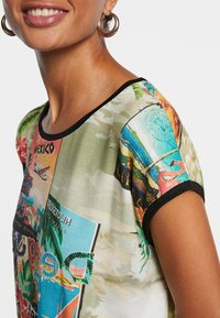 Desigual - COLOMBIA - Print T-shirt - brown - 3