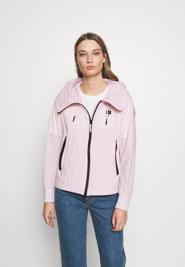 GIUBBINI CORTI - Chaqueta fina - rosa pastello