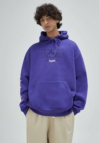 PULL&BEAR - Felpa con cappuccio - purple - 0