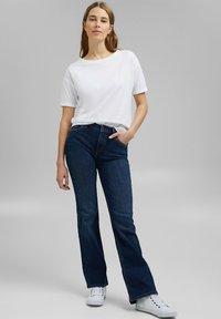 Esprit - Basic T-shirt - white - 1