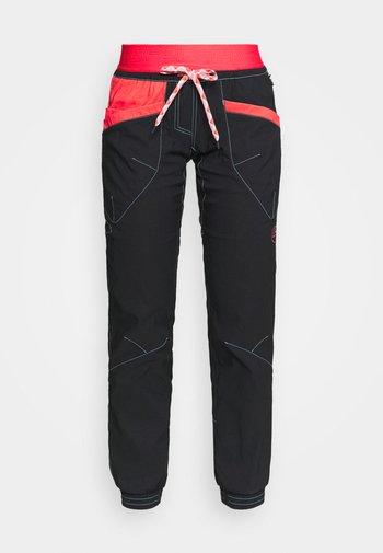MANTRA PANT  - Pantaloni - black/hibiscus