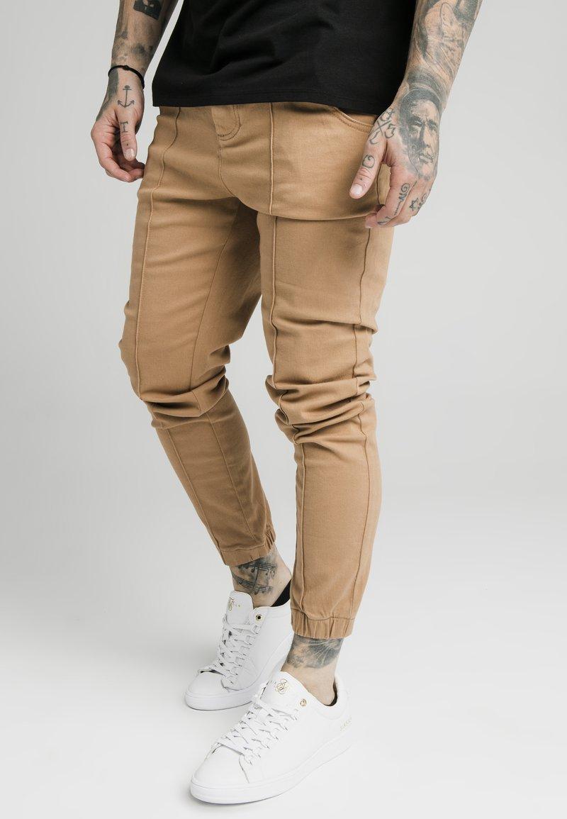 SIKSILK - CUFFED - Jeans Skinny Fit - beige